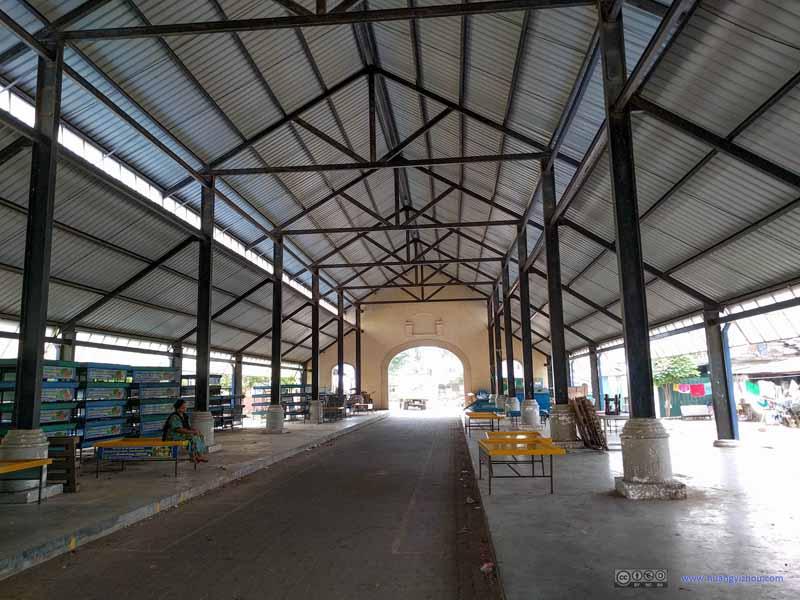 Negombo Fish Market Building