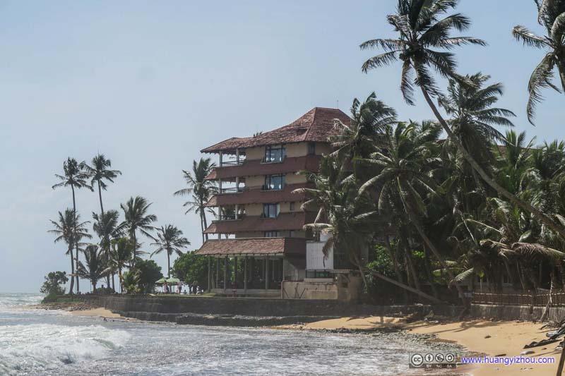 Resort by Indian Ocean