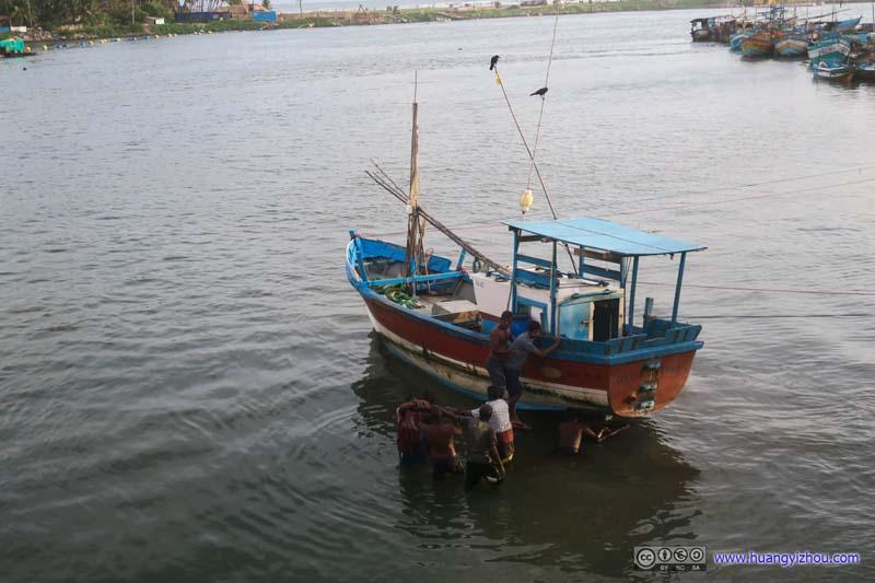 Fishboat on Bolgoda River