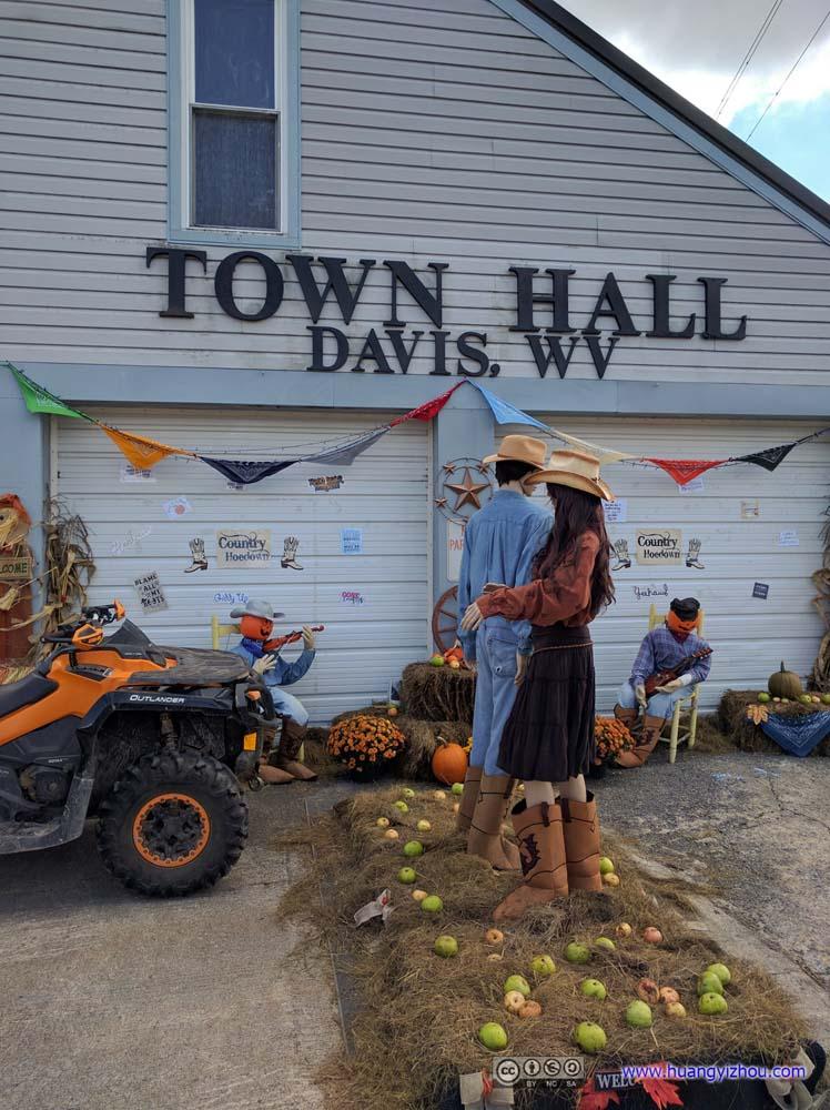 Davis Town Hall