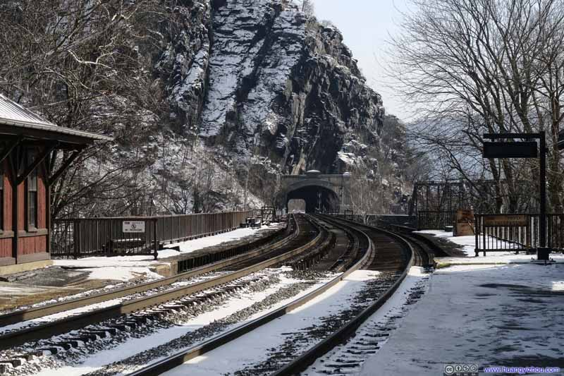 Railway from Harpers Ferry Tunnel