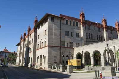 Alcazar Hotel Building