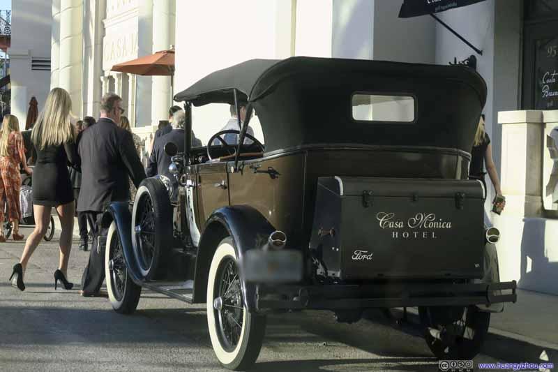 Vintage Car outside Casa Monica Hotel