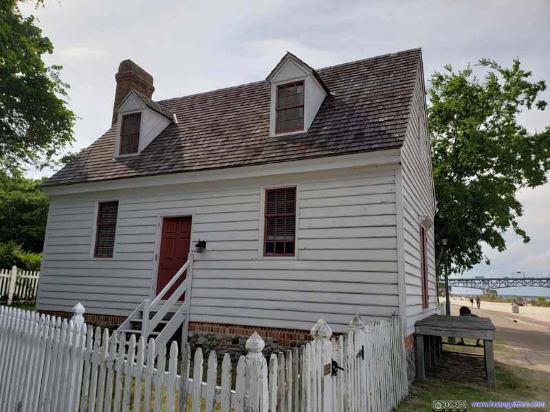 An Archer House