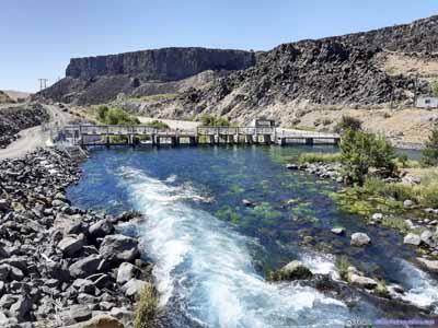 Malad River