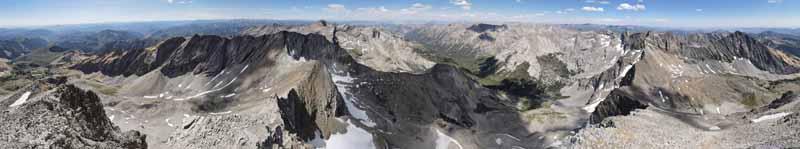 Mountains surrounding Hyndman Peak