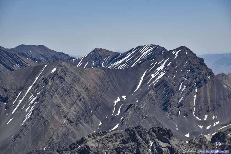 Leatherman Peak (3727m)