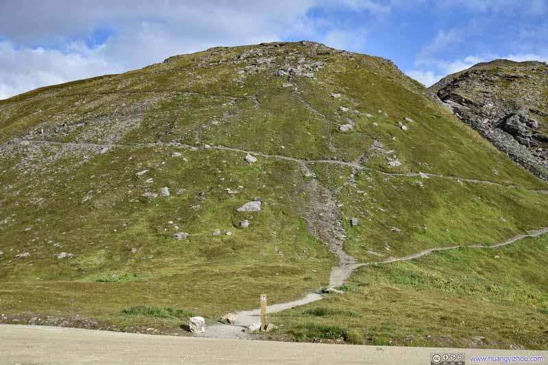 Trail to Hatcher Peak