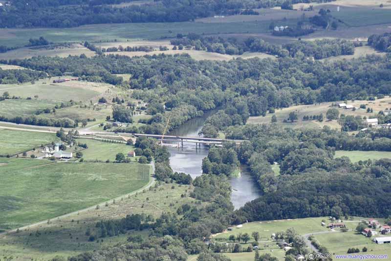 Bridge over Shenandoah River