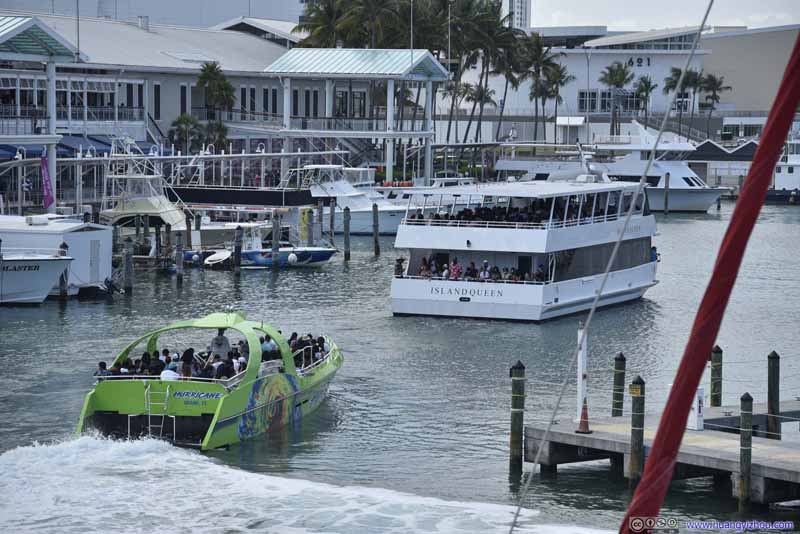 Tour Boats Leaving Harbor